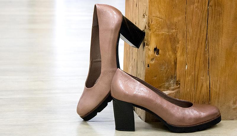zapato mujer charol rosa